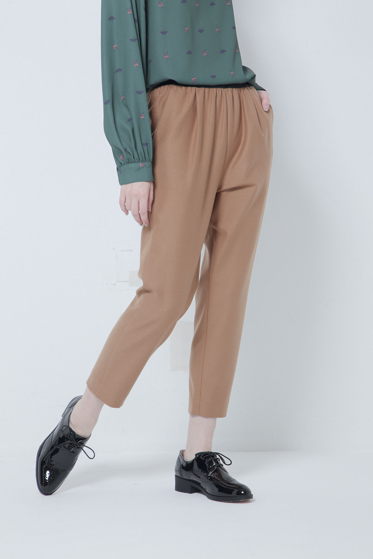BO205316-camel Thermos Fabiric Confortable Amphora Trousers -CAMEL-【BO205316】Del.Oct.