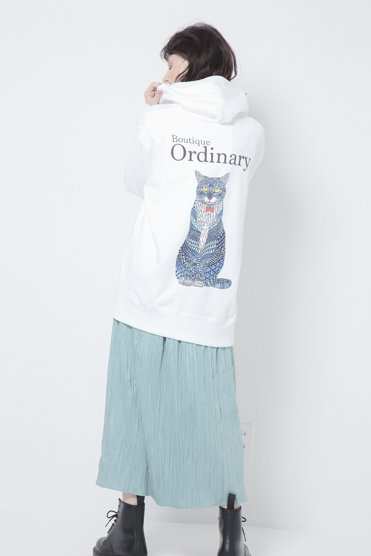BO205730-white Ordinary Meets Mulga the artist Sweat Hoodie -WHITE-【BO205730】Del.Sep.